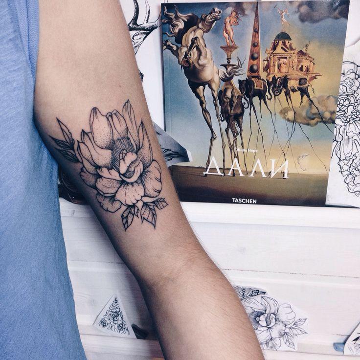 Tattoo artist. Insta Dm : NADYA_ZHARKOVA