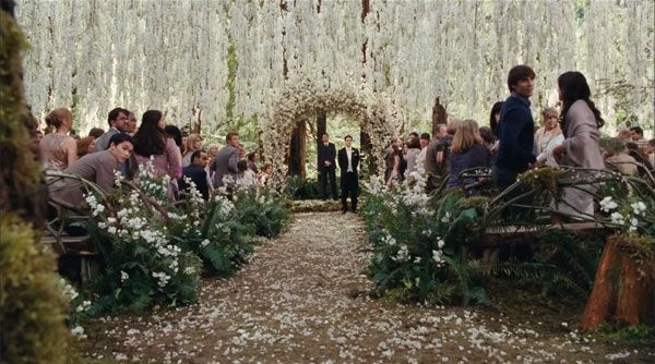Twilight Breaking Dawn Wedding - Bella Swan Edward Cullen Wedding | Wedding Planning, Ideas & Etiquette | Bridal Guide Magazine