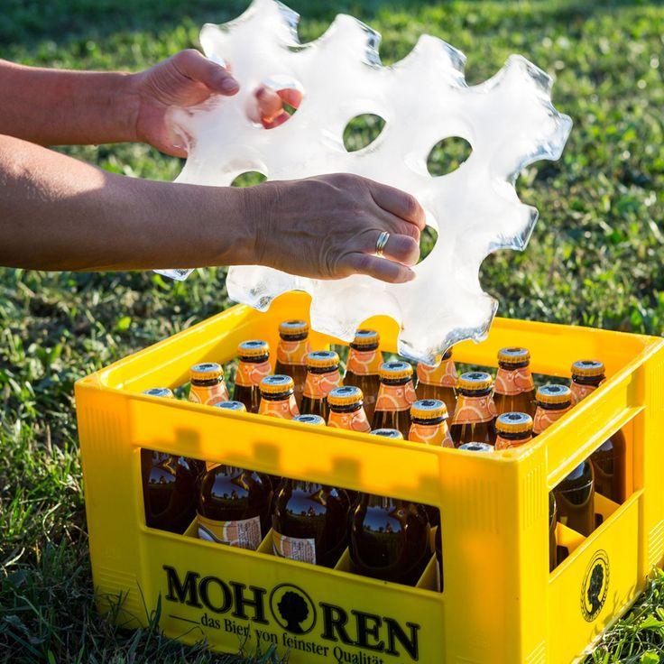 Stampo Di Ghiaccio Per Cassa Di Birra. Sistema per tenere la fresco la tua birra preferita senza bisogno di un frigo! Blocchi di ghiaccio appositamente sagomati