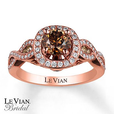 Le Vian features a round Chocolate Diamond at the center, framed in sweet Vanilla Diamonds, Swirls of 14K Strawberry Gold; along the band are decorated with additional Vanilla Diamonds; and sprinkled with Chocolate Diamonds; in between.