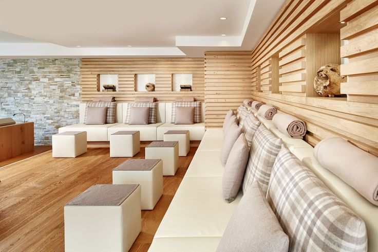 Feuerlounge Couch Tag - DolceVita Hotel Preidlhof