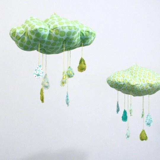 Lovely: Mobiles Raindrop, Kids Stuff, Fun Mobiles, Baby Kiddo, Raindrop Mobiles, Rain Cloud, Cloud Mobiles, Baby Stuff, Cloud For Baby