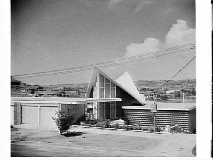 Divola residence - Rose Bay, Sydney - 1961 (Architect: HL Divola) - Also see: http://www.flickr.com/photos/midcentarc/9667265088/