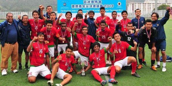 Arema U-21 Bidik Pemain Timnas U-19 - http://www.sundul.com/berita-bola/liga-indonesia/2013/10/arema-u-21-bidik-pemain-timnas-u-19/