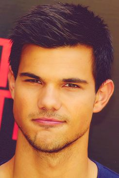 """Ok... Want to state a fact.... It is not Taylor Lautner's abs or arms that make me find him attractive... (even thought he has perfectly nice abs and arms). It's his smile.:) He has a really nice, almost goofy smile on his face in almost all of his pictures.:) and he always has got an """"I'm up to something"""" look on his face.... So yeah...:) Js'.;) Carry on"""