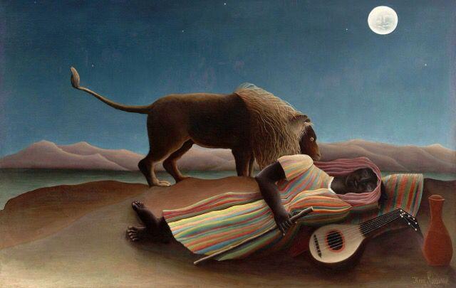 Het schilderij 'The Sleeping Gypsy', geschilderd door Henri Rosseau in 1897, is een primitivistisch schilderij. Het is vrij onrealistisch geschilderd; zo heeft het geen diepte en is het heel abstract. Het gezicht van de vrouw is vlak; bijna als een masker. Het kleurgebruik heeft iets weg van het kleurgebruik in de Afrikaanse cultuur.