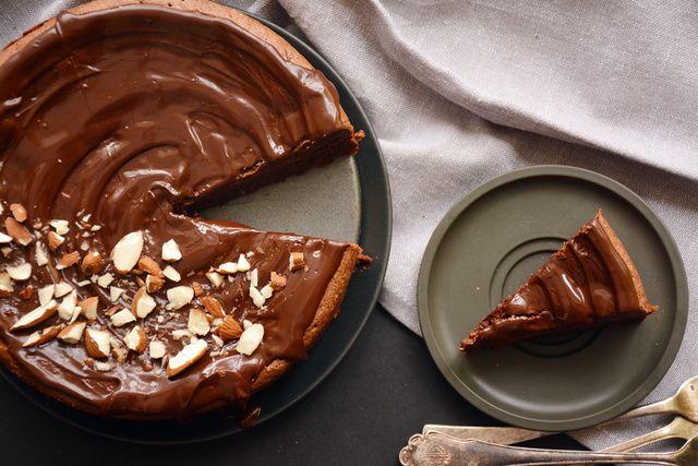 lisztmentes mandulás csokitorta