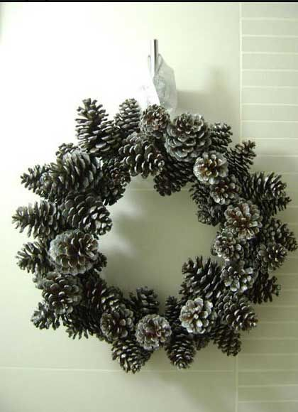 1000 images about pine cone crafts on pinterest for Pine cone crafts for children
