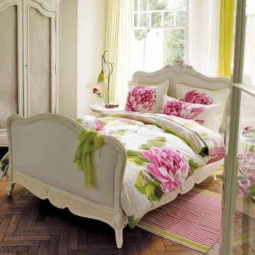So precious bedroom for teens home and garden for Kura bed decoration ideas