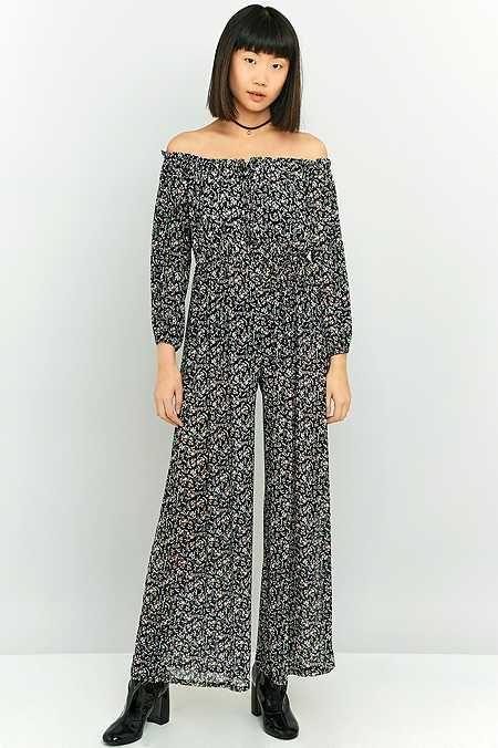 Pins & Needles - Combi-pantalon à fleurs et épaules dénudées soldé à 70,00euro