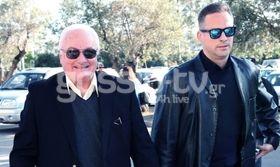 Γιώργος Πάντζας: Με τον γιο του στο γήπεδο   Πατέρας και γιος μαζί στο γήπεδο για να δουν την αγαπημένη τους ομάδα.  from Ροή http://ift.tt/2pDe7jY Ροή