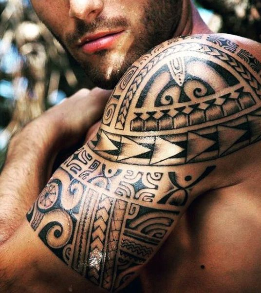 Shoulder And Upper Arm New Zeland Culture Maori Male Tattoos