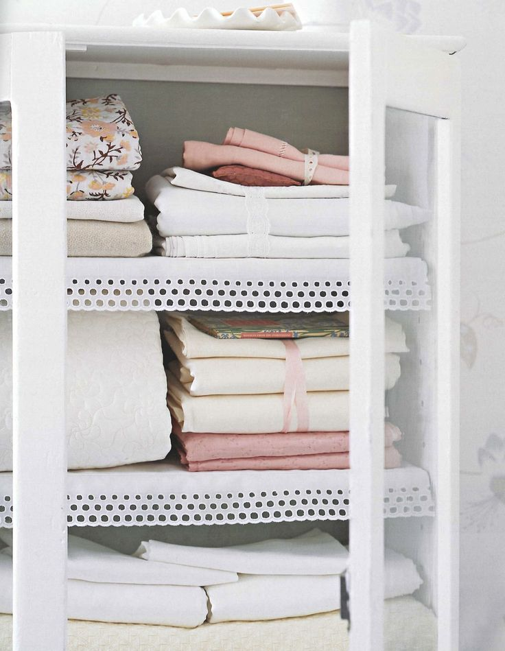 Bathroom Cabinet With Lace Shelf Liners