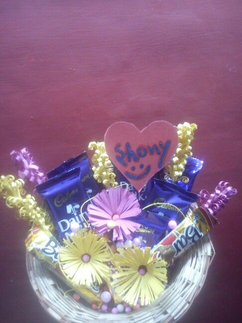 Choclate packing..using fringed flowers