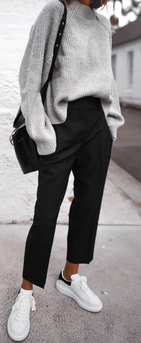 casual style perfection / sweater + bag + black pants + sneakers