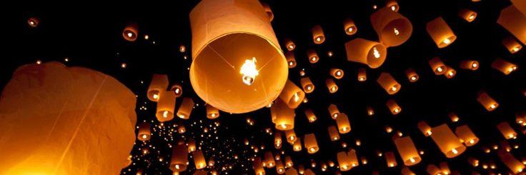 В Таиланде отменены 150 авиарейсов во время празднования Лои Кратонг  Авиабилеты Москва - Бангкок от 24000 руб.  Аэропорты Чиангмай и Чианграй на севере Таиланда отменят и перенесут 150 рейсов в период с 24 по 26 ноября из-за фестиваля Лой Кратонг сообщает в среду издание The Province.  Во время этого традиционного праздника принято запускать в небо воздушные фонари с горящими внутри свечами а это по мнению служб аэропортов создает угрозу самолетам.  Крупнейший аэропорт севера королевства…