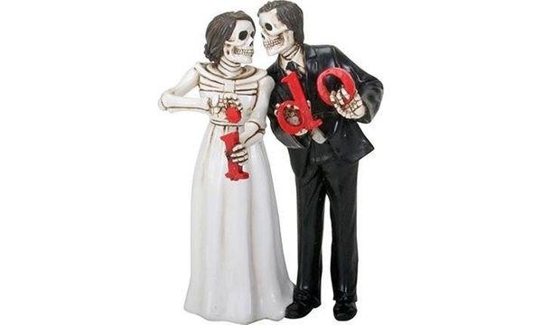 49++ Halloween wedding cake toppers inspirations