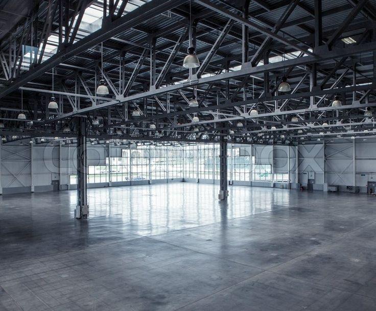 4862221-interior-of-an-empty-warehouse.jpg (800×663)