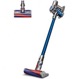 Front view of the Dyson V6 Fluffy cordless vacuum cleaner. Nickel colour with blue two-tier cyclone pack.
