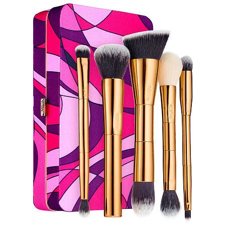 Shop tarte's Tarteist Toolbox Brush Set & Magnetic Palette at Sephora. This collection of five full-size brushes comes with a portable magnetic palette.