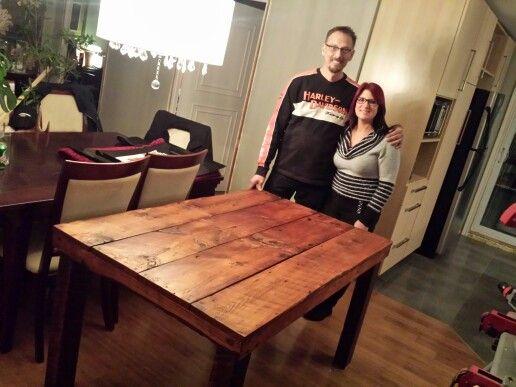 table de cuisine en bois de grange centenaire bois de grange barnwood reclaimed wood. Black Bedroom Furniture Sets. Home Design Ideas