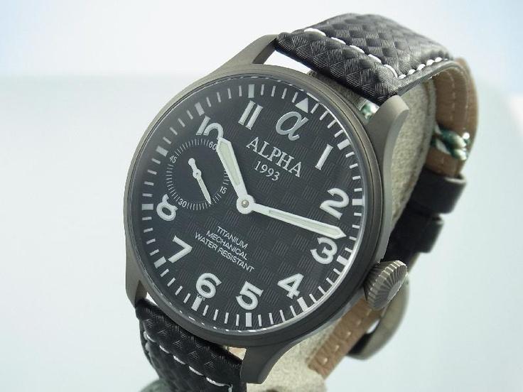 Titanium alpha horloge