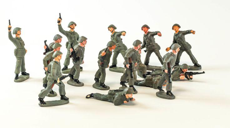 NVA Spielzeugsoldaten | DDR Museum Berlin