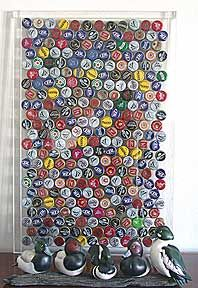 17 best images about bottle cap projects on pinterest for Cool beer cap ideas