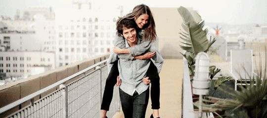 Maia Mitchell x David Lambert = Brallie <3 I love this their joy and matching shirts are too adorable