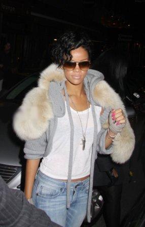 Риана (Rihanna) - уличный стиль (фото) осень