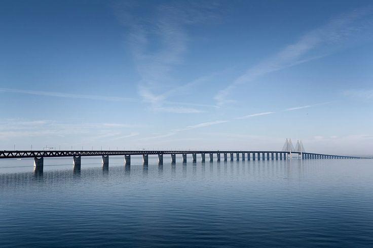 Il ponte di #Öresund che collega #Svezia e #Danimarca è lungo più di 15 km