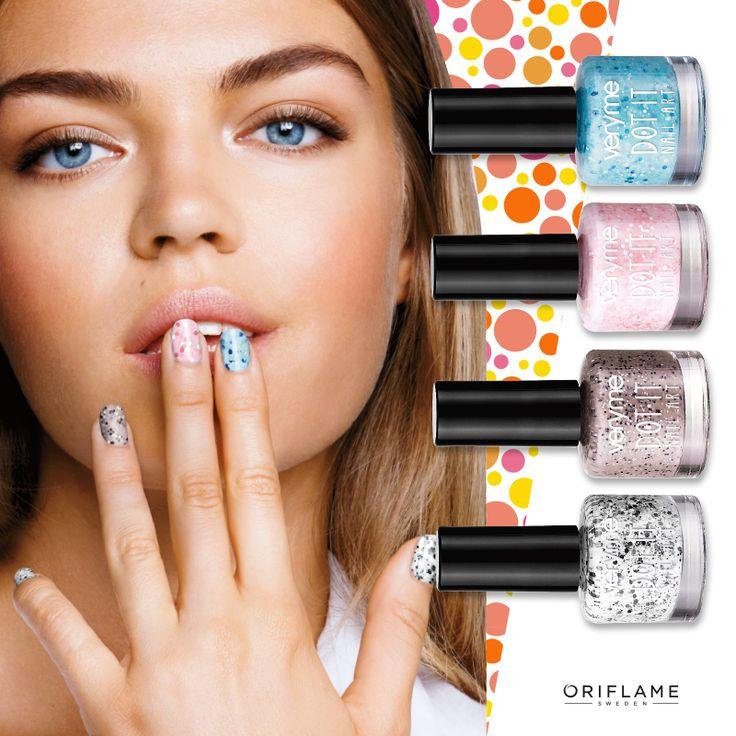 #ManiMonday Para las que aman los efectos texturizados en sus uñas: Do it by #VeryMe #NailArt