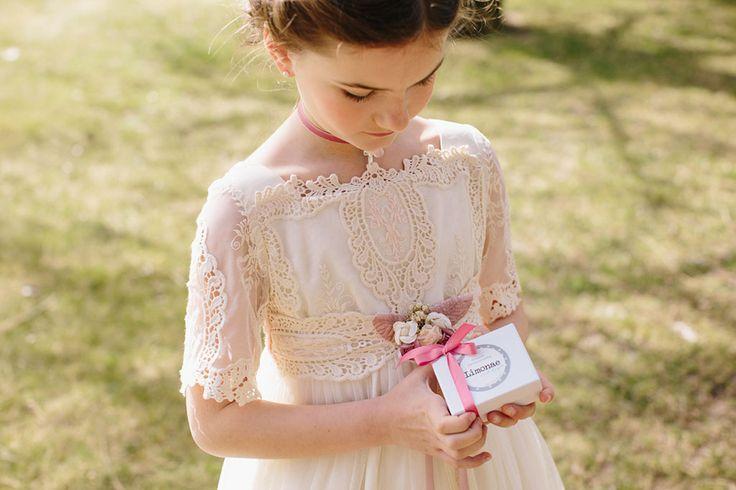Regalos para Primera Comunión. Regalos personalizados, joyas grabadas y joyas personalizadas para niñas y niños.