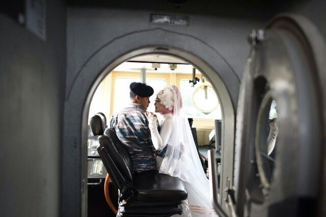 Indonesian navy Prewedding with broken white bridal gown