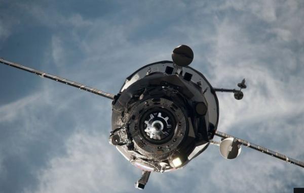 NASA Temukan Pesawat Ruang Angkasa yang Hilang Mengorbit di Bulan