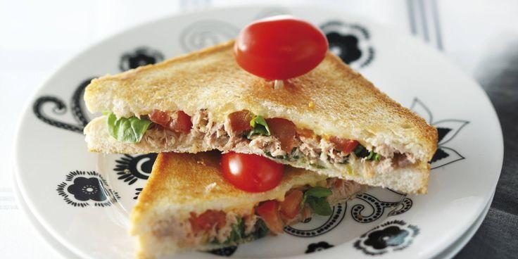 Boodschappen - Tosti met tonijn en roomkaas