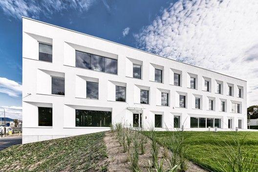 Centrum Biznesu / PORT   ArchDaily