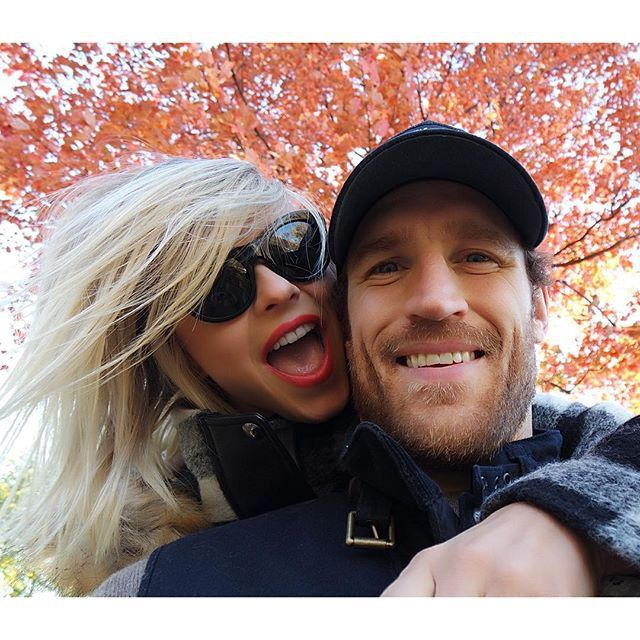 Pin for Later: See How Stars Are Celebrating the Thanksgiving Weekend!  Julianne Hough was thankful for her fiancé, Brooks Laich.