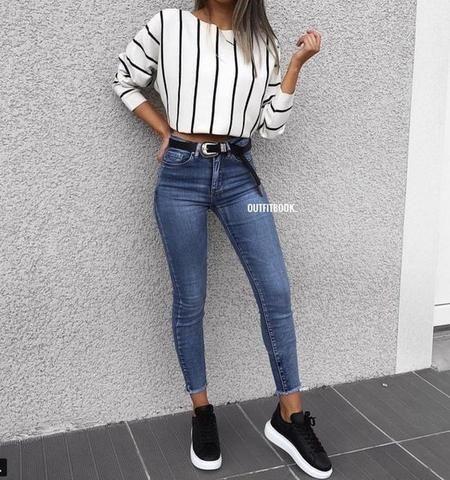 Blaue Jeans und Sneaker-Ideen für den Herbst Hier sind einige der besten Outfit-Outfits