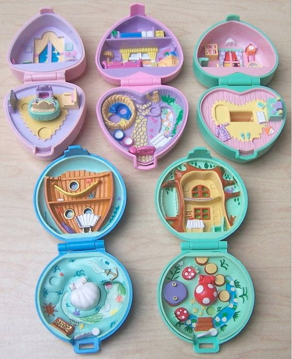 Polly Pocket <3 | ok I am totally all about the sweet pretty pastel ones but HOMG THAT LOWER-RIGHT ONE WITH THE MUSHROOMS
