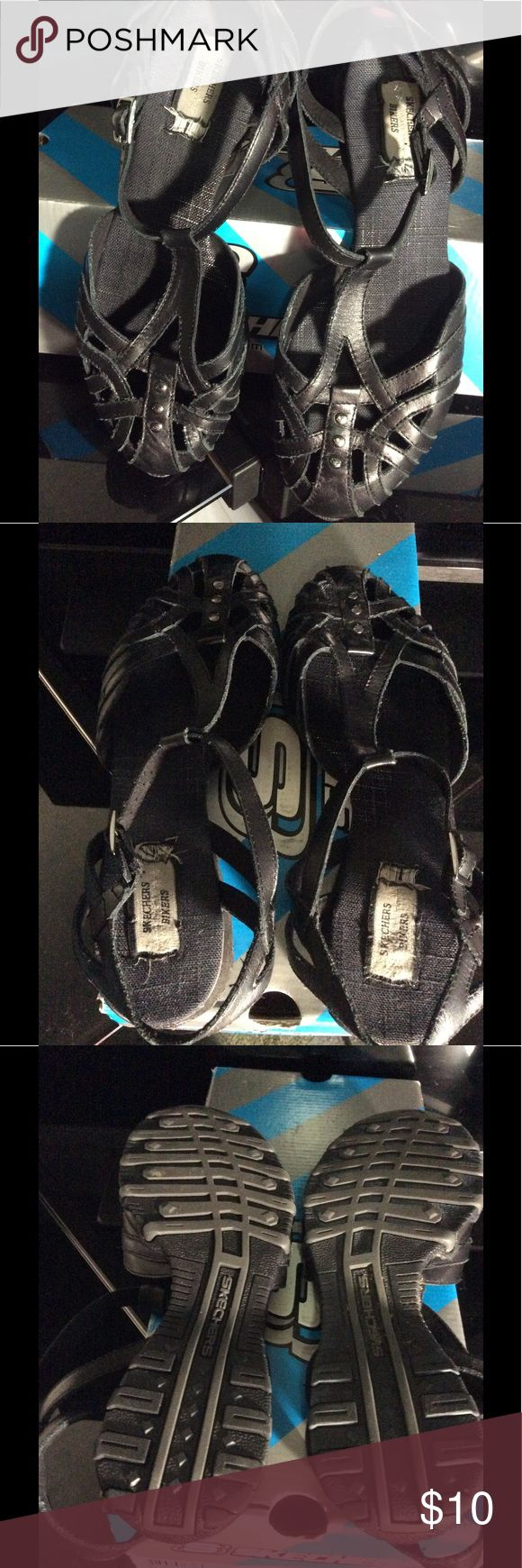 Skechers Black with sling back toe in. Very comfy for standing long periods of time. Skechers Shoes Flats & Loafers