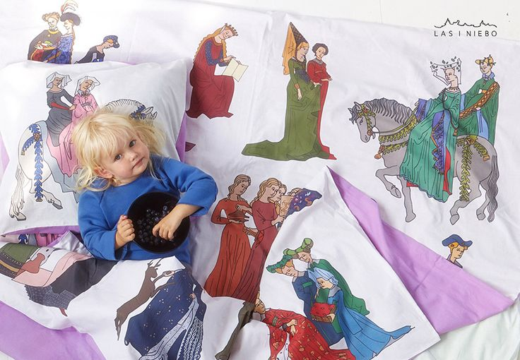 The series Once upon a time is a contemporary look at the past. It's also an alternative to the dominating stereotype of the fairy-princess, usually a pink one, with pink spangles and glitter. Why not show your child the diversity of resplendent past costumes? Let's show the girls the dresses in different periods. Make the time spent with the drawings together with your child to be time for relax, have a break from everyday hurry, let your mind slow down. For both the parent and the child.