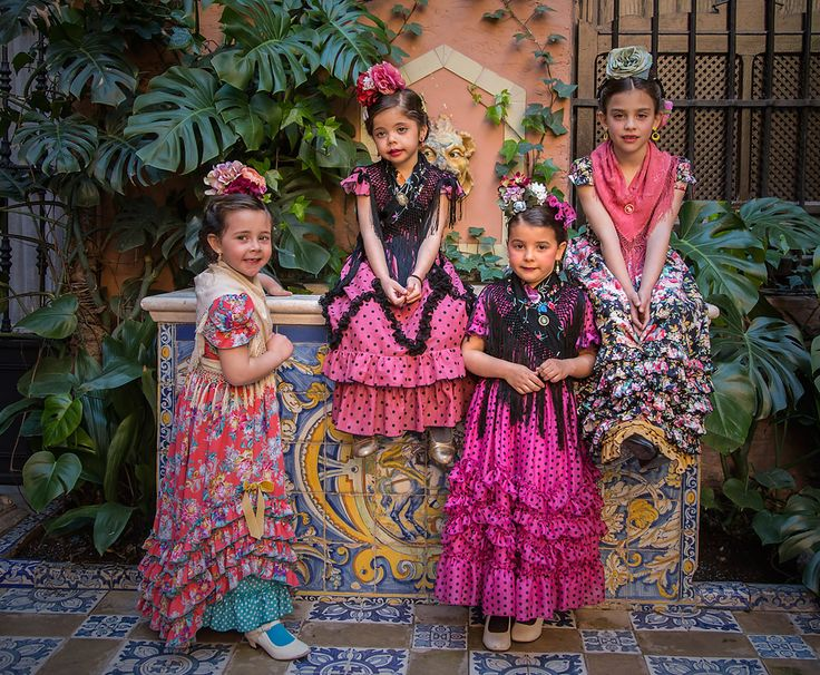 Moda flamenca de Marta Arroyo. J.M. Serrano