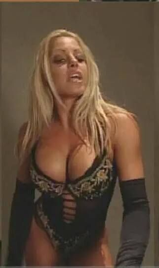 Please! love wwe trish stratus porn pictures dog
