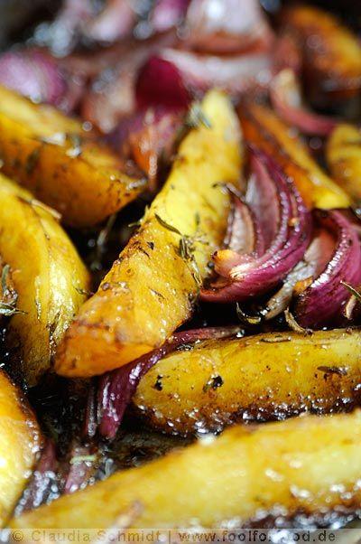 Ofenkartoffeln und Rote Zwiebeln mit Balsamico #Rezept