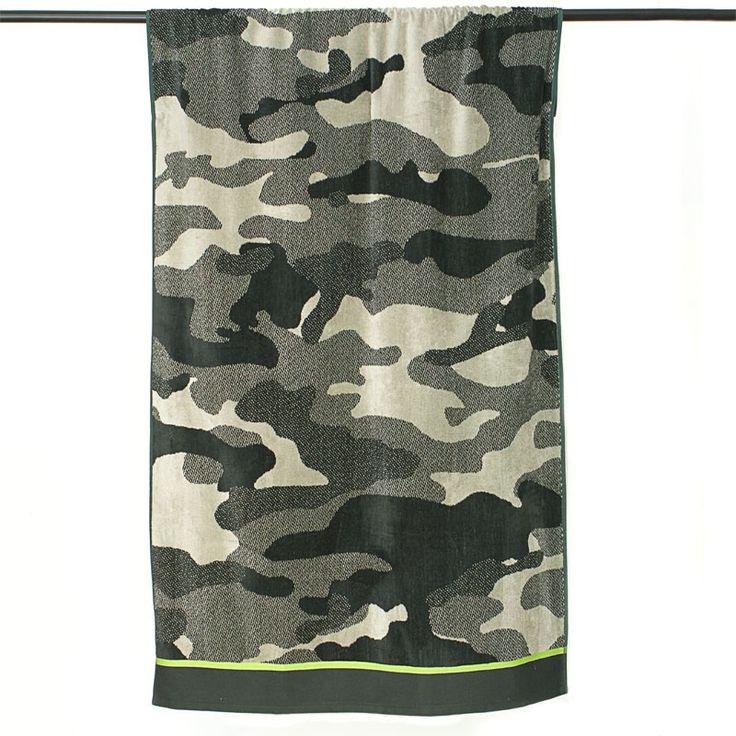 Il telo mare mimetico per gli amanti del #beachwear! Realizzato in puro cotone e con fantasia camouflage http://www.carillobiancheria.it/telo-mare-in-morbida-ciniglia-di-cotone-100-beach-towels-dis-mimetico-l104.html