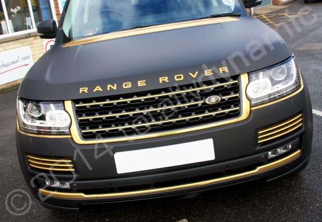 shiny black and gold cars black matt range rover vogue fully wrapped in a vinyl car cars. Black Bedroom Furniture Sets. Home Design Ideas