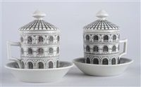 tazza e piattino Architettura altro paio di Piero Fornasetti