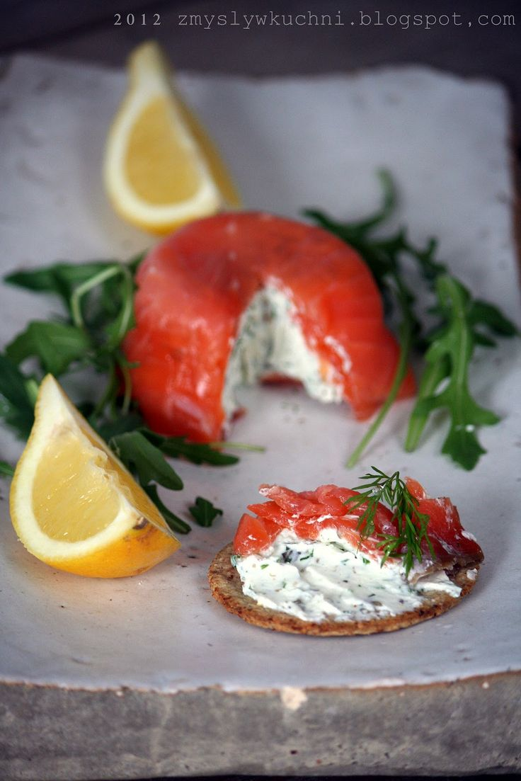 Senses in the kitchen: Smoked salmon parcels with caper cream cheese
