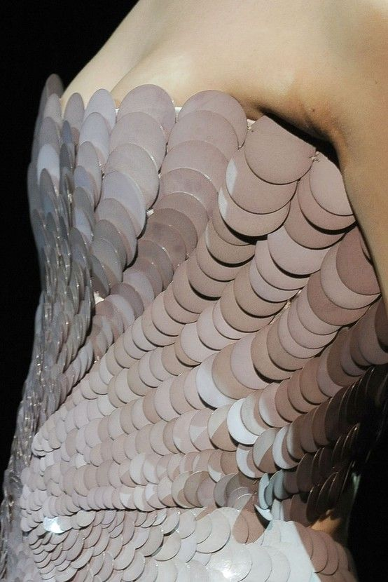 For Yara Greyjoy: Scale Tattoo, Fashion Dresses, Fashion Details, Texture, Sequins, Fashion Looks, Fish Scales, Mermaids Dresses, Mermaids Scale